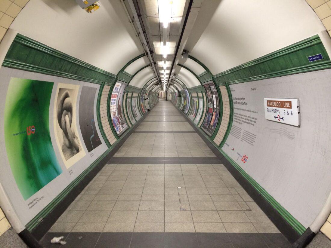 Plakatwerbung in Tramstationen oder anderen öffentlichen Orten bringt viele Vorteile